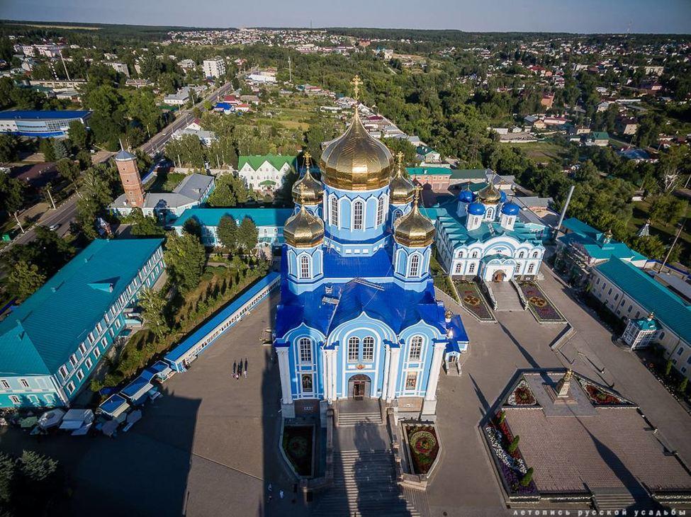 Задонск. Монастырь