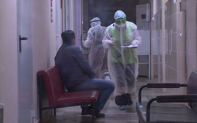 426 липчан продолжают лечение от коронавируса