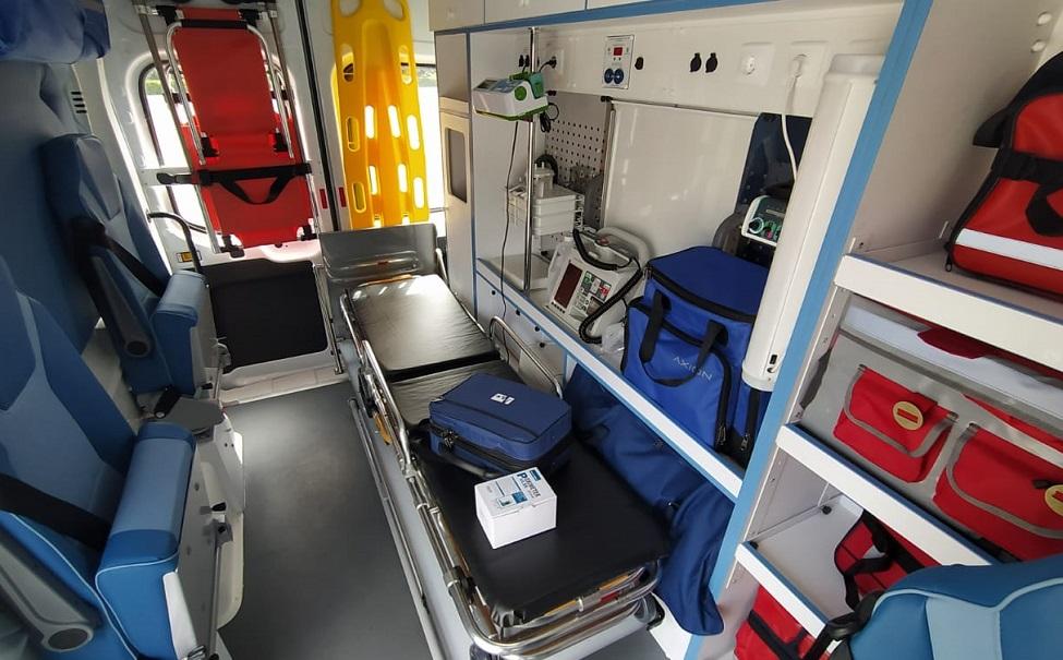 В Липецк поступили 13 реанимобилей для COVID-больных  — Изображение 1